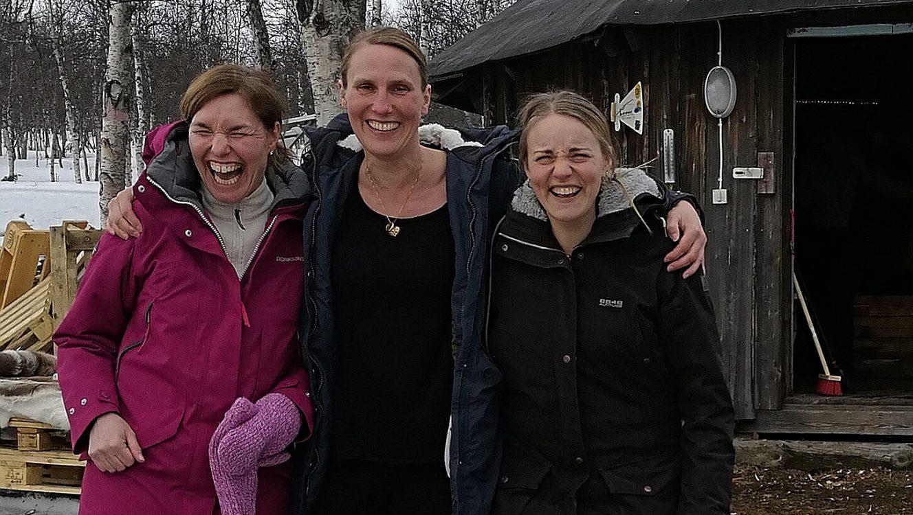 Yogaresa med tjejerna Kiruna
